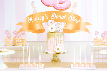 Cake Stands & Serving Trays